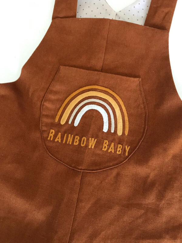 Bebek tulum tarçın rengi gökkuşağı nakışlı