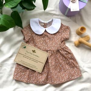 Çiçek Desenli Sütlü Kahve Bebe Yakalı Bebek Elbisesi
